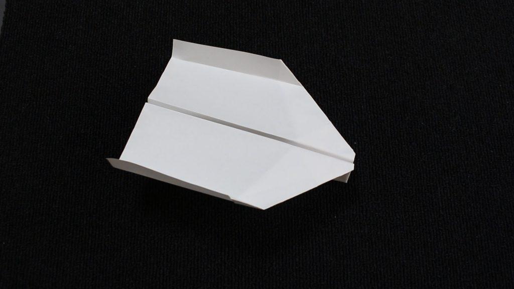 【簡単!折り紙】紙飛行機(よく飛ぶ)